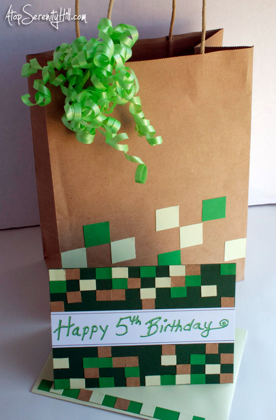 Minecraft greeting card & gift bag - Atop Serenity Hill